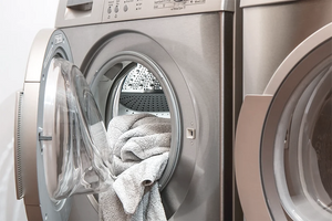 Clothes dryer guide